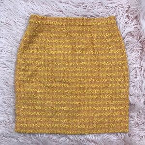ESCADA US 8 Wool Tweed Texture Golden Knit Skirt